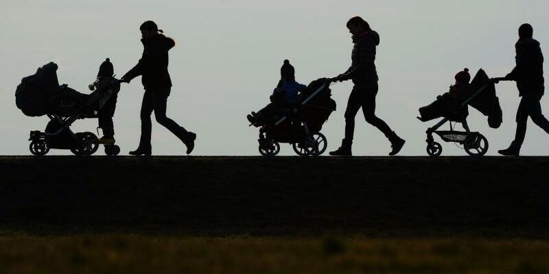 Eltern und Kinder - Foto: Felix Kästle