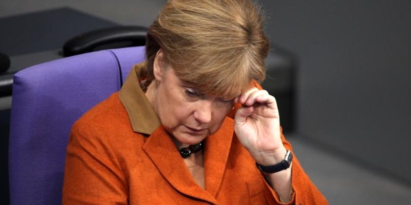 Angela Merkel reibt ihr Auge - Foto: über dts Nachrichtenagentur