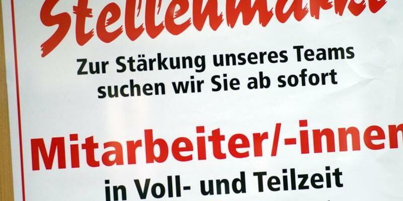 Stellenangebote - Foto: Die weiterhin gute Lage am Arbeitsmarkt beflügelt das Wirtschaftswachstum in Deutschland. Foto:Peter Kneffel