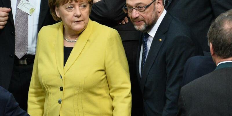 Merkel und Schulz - Foto: Kopf an Kopf:Angela Merkel und Martin Schulz. Foto:Gregor Fischer