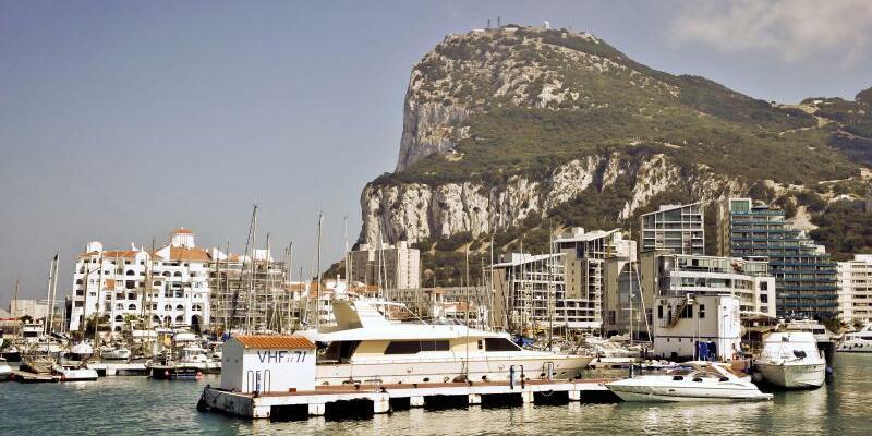 Gibraltar - Foto: Im Brexit-Prozess ist der Streit Großbritanniens mit Spanien über die Zugehörigkeit der britischen Besitzung an der spanischen Küste wieder aufgebrochen. Foto:Ben Birchall