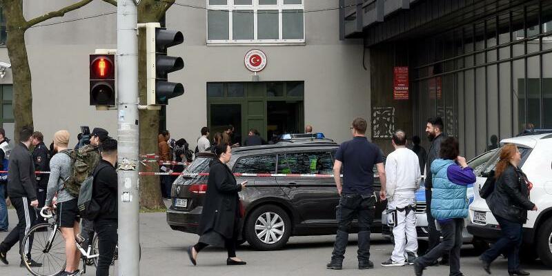 Türkisches Generalkonsulat - Foto: Holger Hollemann