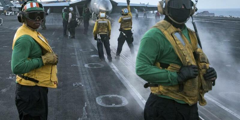 USSCarl Vinson - Foto: Matt Brown/U.S. Navy