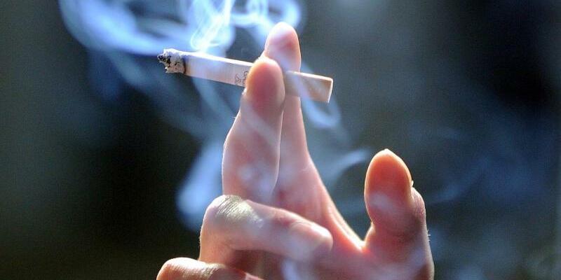 Rauchen - Foto: Jens Kalaene