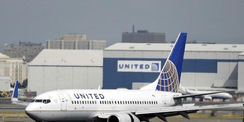 United Airlines - Foto: Mel Evans/Archiv