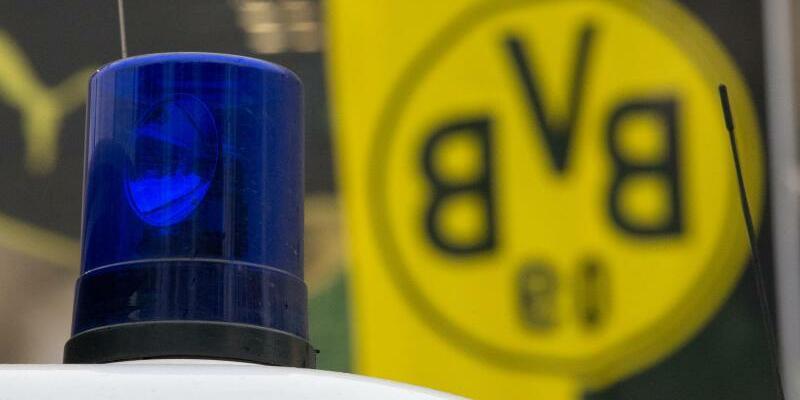 Anschlag auf Mannschaftsbus - Foto: Friso Gentsch