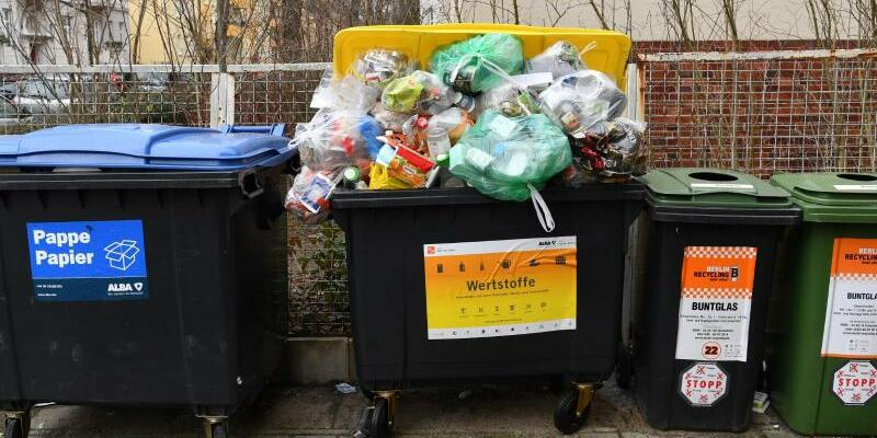 Müll - Foto: Jens Kalaene