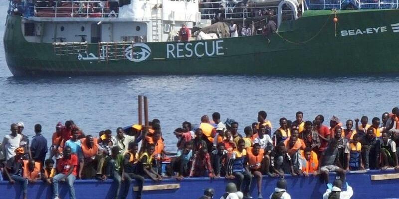 Bundeswehr rettet Flüchtlinge - Foto: Bundeswehr