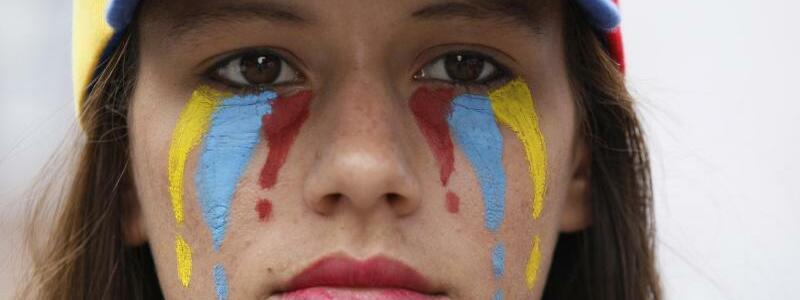 Tränen - Foto: Ariana Cubillos