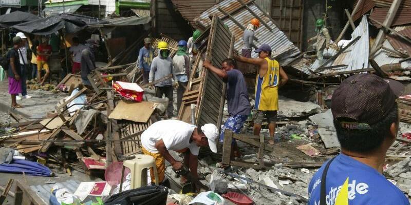Erdbeben auf den Philippinen - Foto: Stringer
