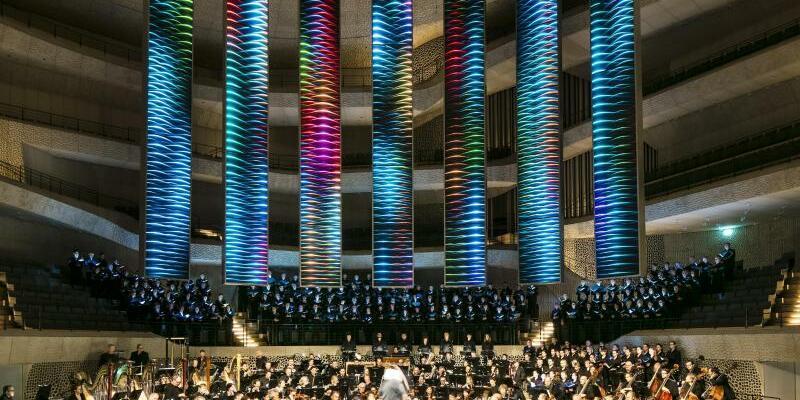 Mahlers «Achte» in der Elbphilharmonie - Foto: Wolf-Dieter Gericke