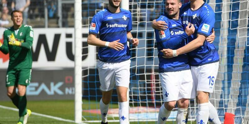 SV Darmstadt 98 - SC Freiburg - Foto: Arne Dedert