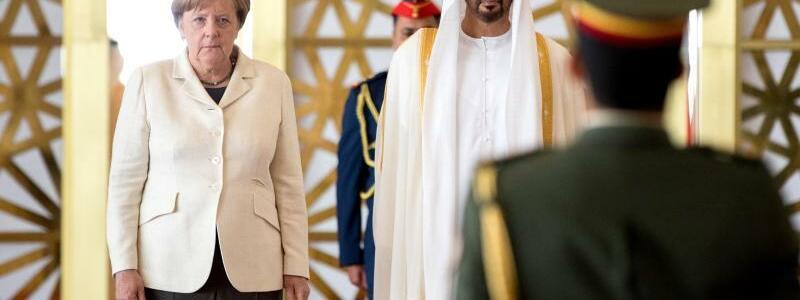 Merkel in Abu Dhabi - Foto: Kay Nietfeld