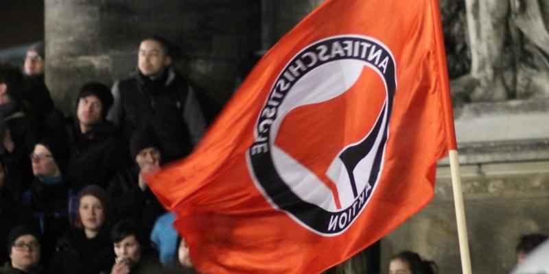 Antifa-Fahne - Foto: über dts Nachrichtenagentur