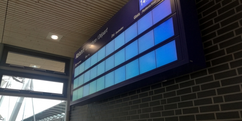 Ausgefallene Anzeigentafel bei der Bahn am 14.05.2017 - Foto: über dts Nachrichtenagentur