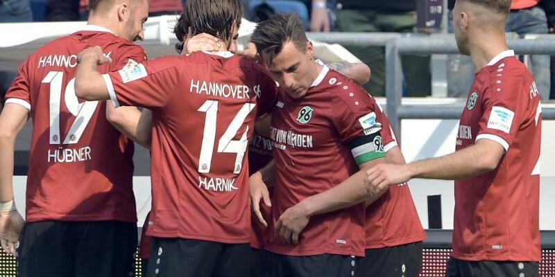 Hannover 96 - VfB Stuttgart - Foto: Silas Stein