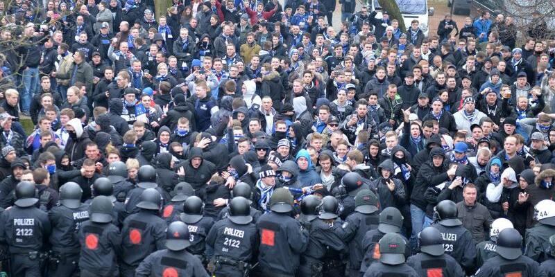 Polizeieinsatz in Bremen - Foto: Carmen Jaspersen