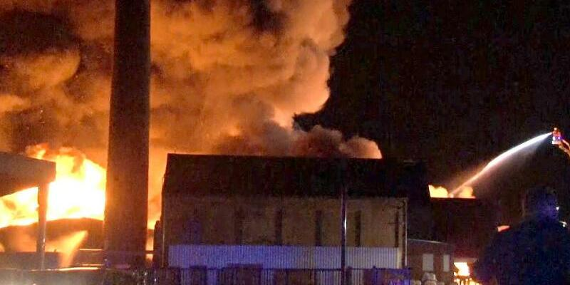 Großbrand - Foto: Nord-West-Media TV