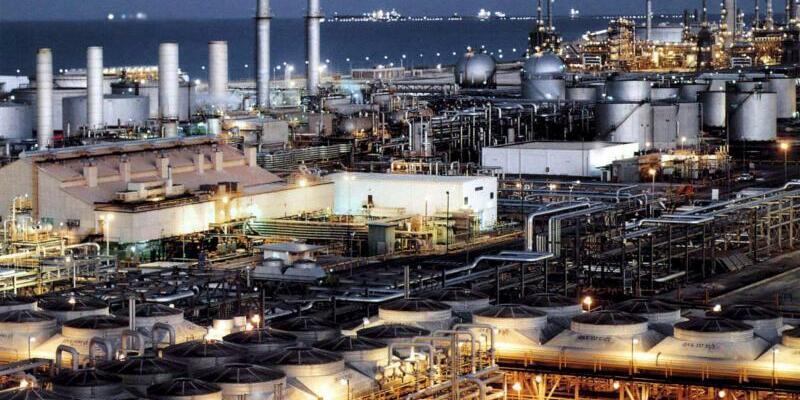 Saudische Raffinerie - Foto: Ho