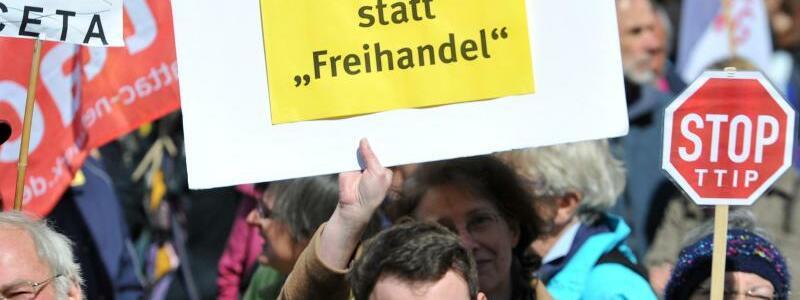TTIP-Gegner - Foto: Stefan Puchner