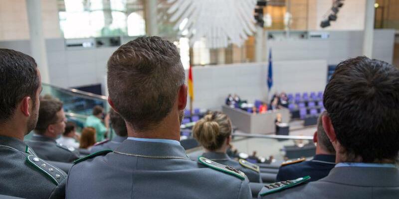 Parlamentsarmee - Foto: Hannibal