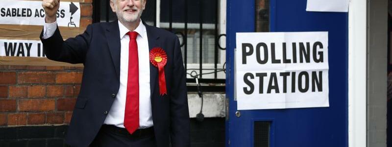 Jeremy Corbyn - Foto: Tolga Akmen