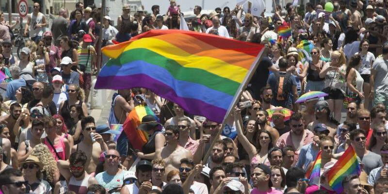 Gay-Pride-Parade in Tel Aviv - Foto: Sebastian Scheiner