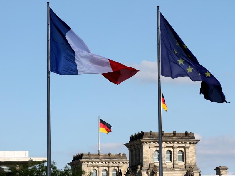 Fahnen von Deutschland, Frankreich und der EU - Foto: über dts Nachrichtenagentur