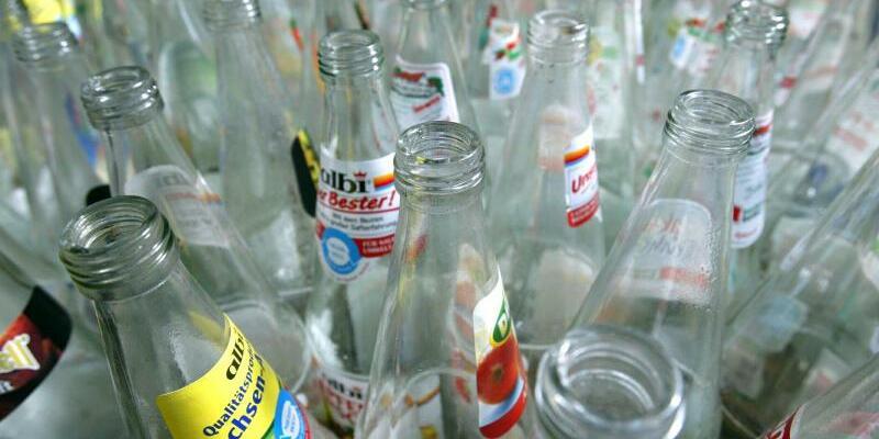 Mehrwegflaschen - Foto: Jens Wolf/Illustration