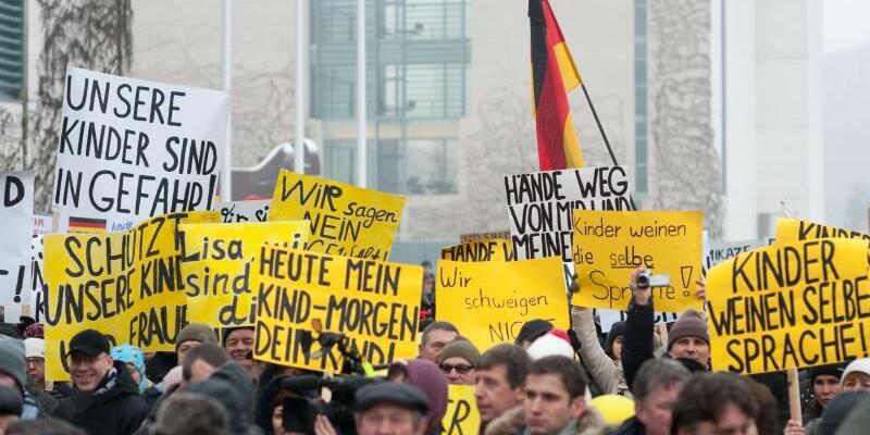Russlanddeutsche protestieren - Foto: Klaus-Dietmar Gabbert