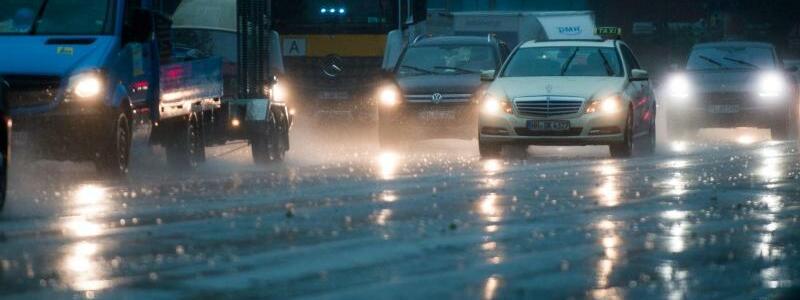 Regen in Hamburg - Foto: Axel Heimken