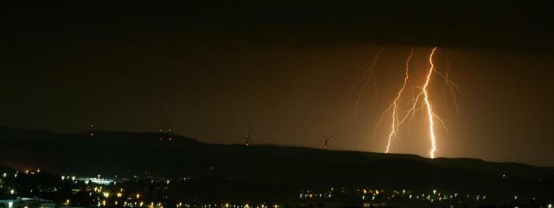 Blitze in Oberfranken - Foto: Nicolas Armer