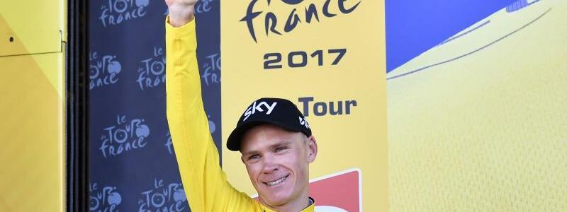 Neuer Spitzenreiter - Foto: DerBrite Chris Froome konnte sich nach der fünften Etappe das Gelbe Trikot überziehen. Foto:Yorick Jansens