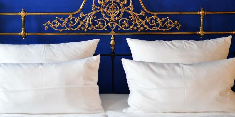 Hotelbett - Foto: Jens Kalaene
