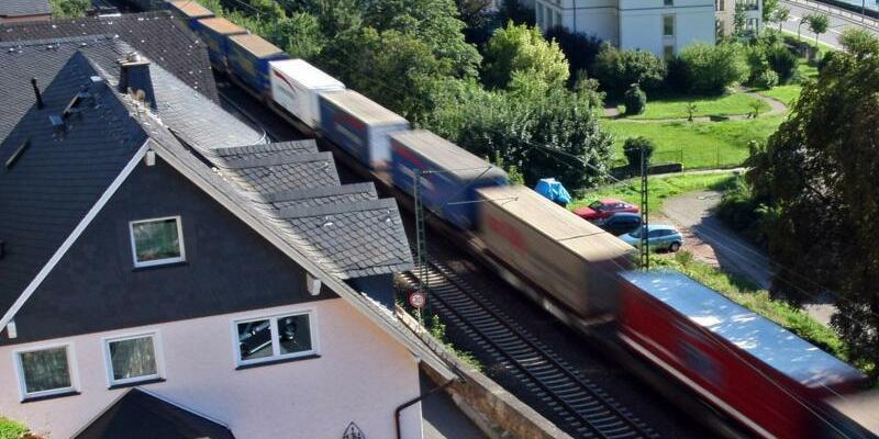 Bahnlärm im Mittelrheintal - Foto: Marius Becker