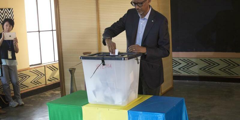 Paul Kagame - Foto: Jerome Delay
