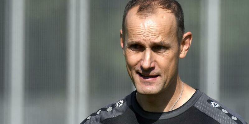 Bayer-Coach - Foto: Henning Kaiser