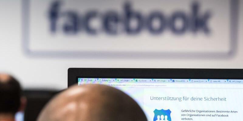 Facebook-Schriftzug - Foto: Soeren Stache