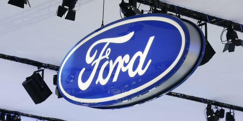 Ford - Foto: Jason Szenes