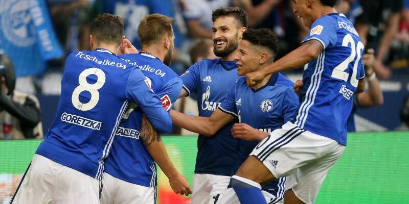 FC Schalke 04 - VfB Stuttgart - Foto: Ina Fassbender