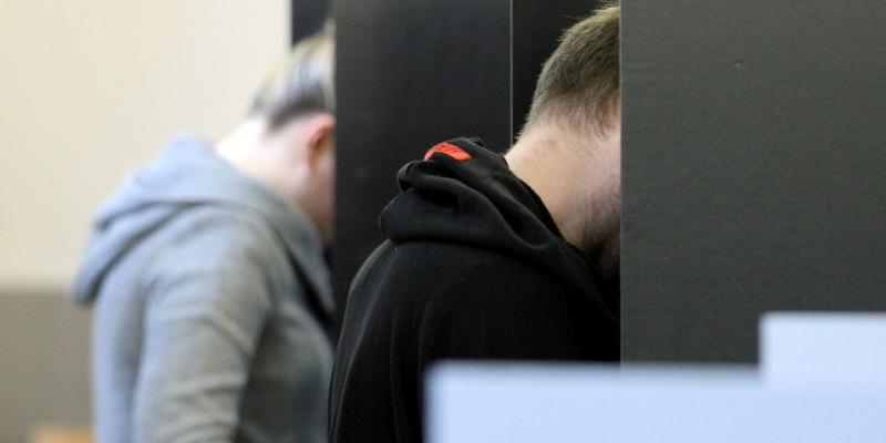 Wähler in einem Wahllokal - Foto: über dts Nachrichtenagentur