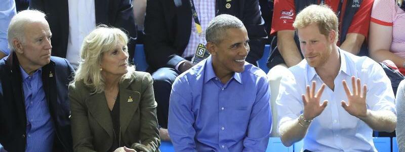 Barack Obama und Prinz Harry - Foto: Der ehemalige US-Vize-Präsident Joe Biden (l) und seine Frau Jilla (2.v.vl.) waren auch mit dabei.Foto:Danny Lawson