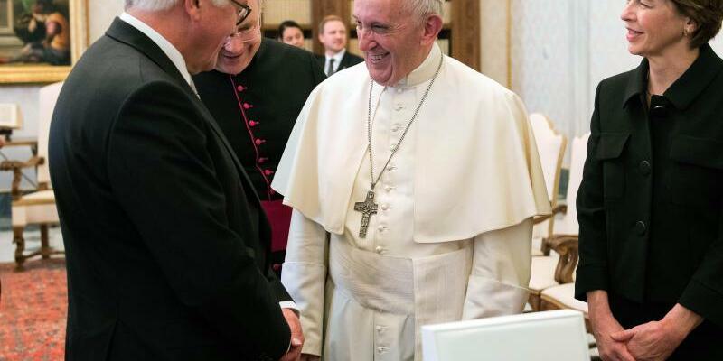 Steinmeier trifft den Papst - Foto: Guido Bergmann