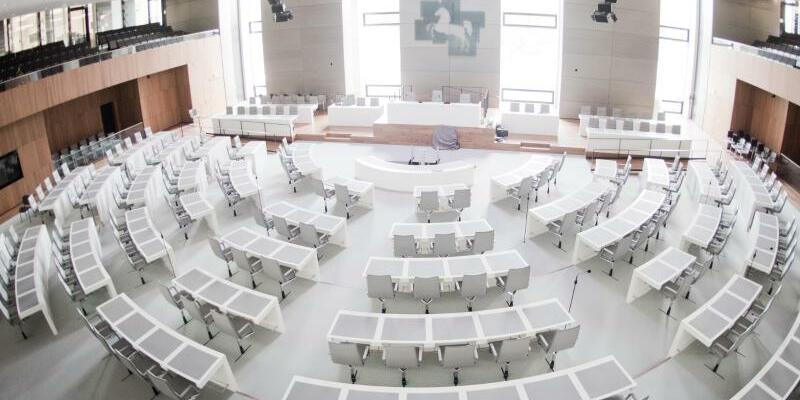 Landtag Niedersachsen - Foto: Julian Stratenschulte