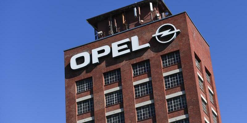 Opel-Werk in Rüsselsheim - Foto: Arne Dedert