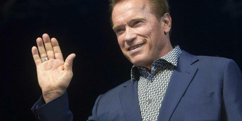 Arnold Schwarzenegger - Foto: Szilard Koszticsak/Archiv