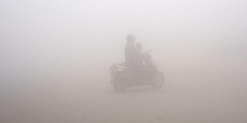 Neu-Delhi - Foto: In Neu-Delhi herrscht derzeit so extremer Smog, dass die US-Fluggesellschaft United sich derzeit weigert, dorthin zu fliegen. Foto:R.S. Iyer