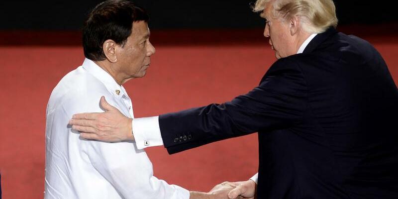 Duterte und Trump - Foto: Rodrigo Duterte (l.) und Donald Trump sind beim Thema Menschenrechte auf Augenhöhe. Foto:Noel Celis