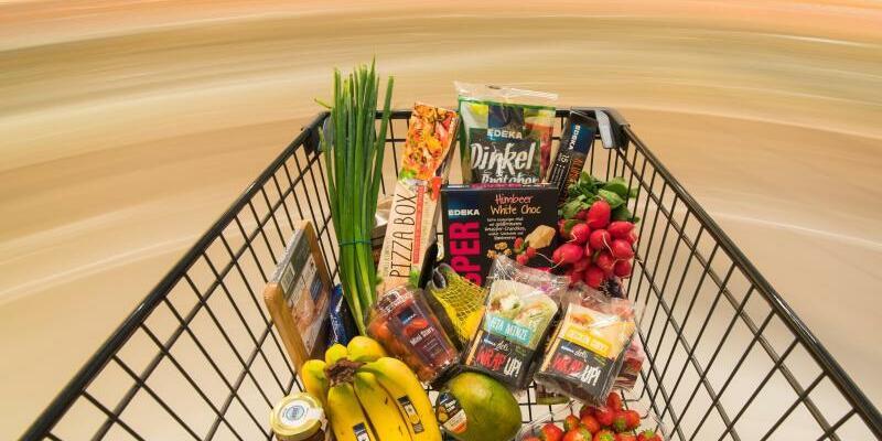 Einkaufen - Foto: Nach Erfahrung der GfK-Konsumforscher reagieren Verbraucher besonders sensibel auf Preiserhöhung von Produkten, die sie häufig kaufen müssen. Foto:Daniel Bockwoldt