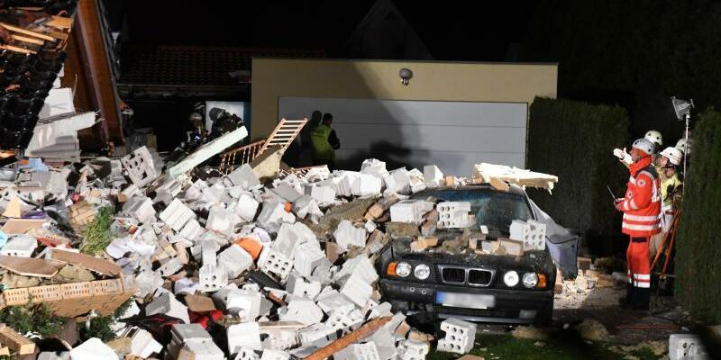 Haus eingestürzt - Foto: Maurizio Gambarini